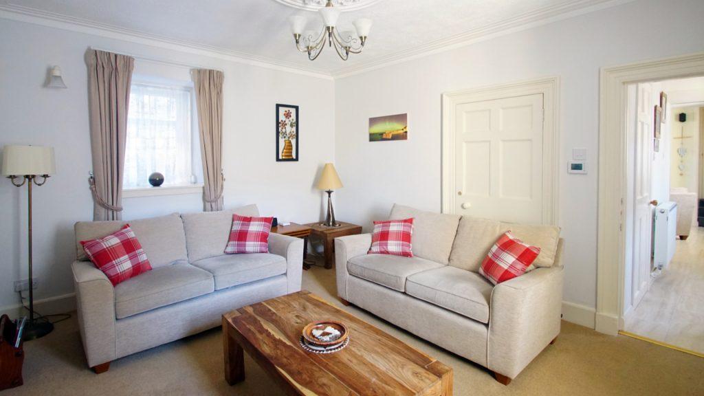 lounge 03 16x9
